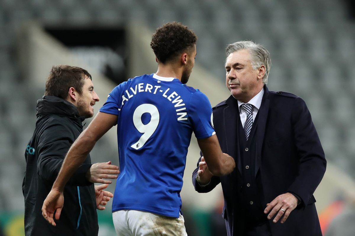 Carlo Ancelotti celebrates with Dominic Calvert-Lewin - Everton FC - Premier League