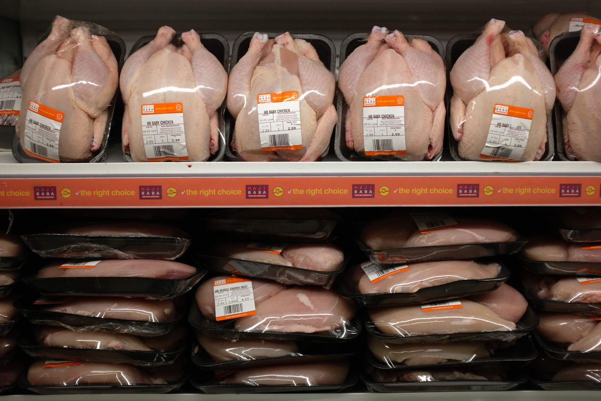 U.K. food standards on chlorinated chicken divide the government