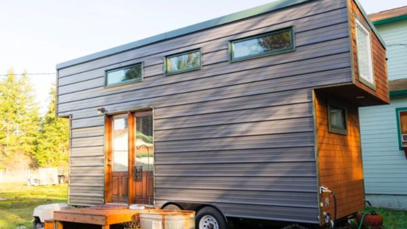 Extra touches make a 37k tiny house on wheels excel curbed seattle - Small houses wheels home getaway ...