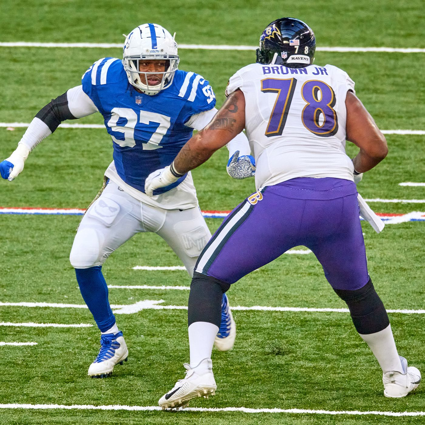 Orlando Brown Jr. — a new jersey number, team and offensive scheme ...