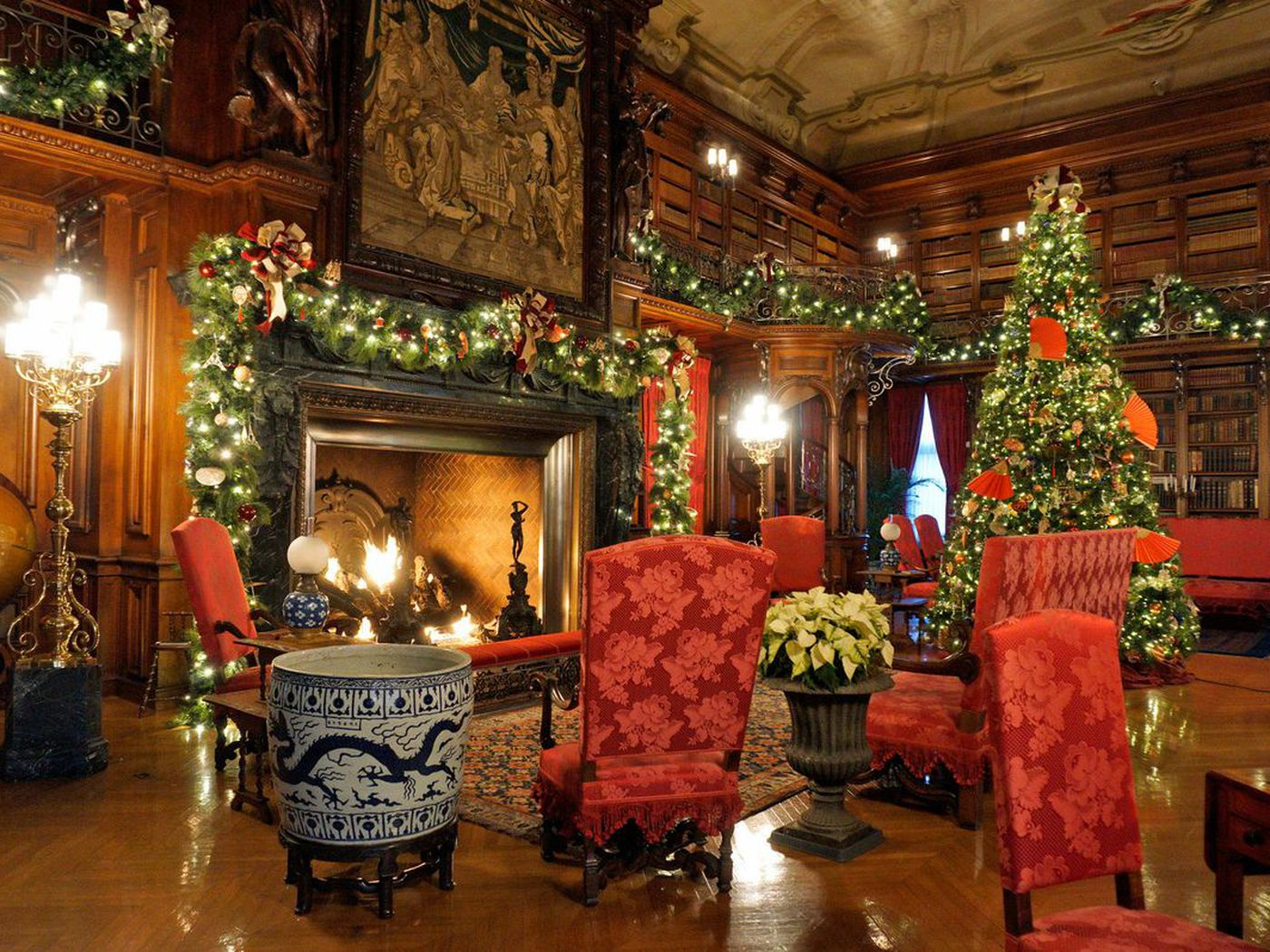 christmas decorations at biltmore americas largest house curbed