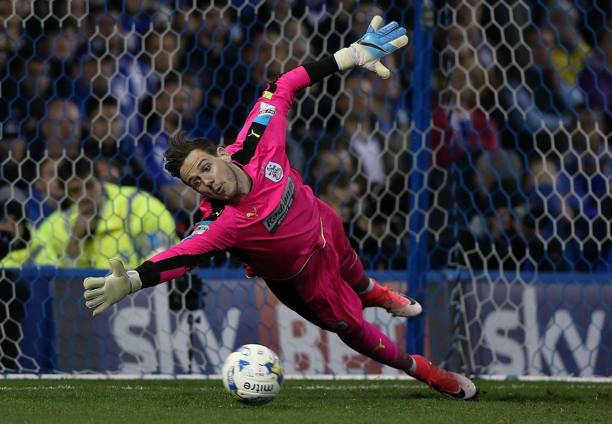 Sheffield Wednesday v Huddersfield Town - Sky Bet Championship Play Off Semi Final: Second Leg