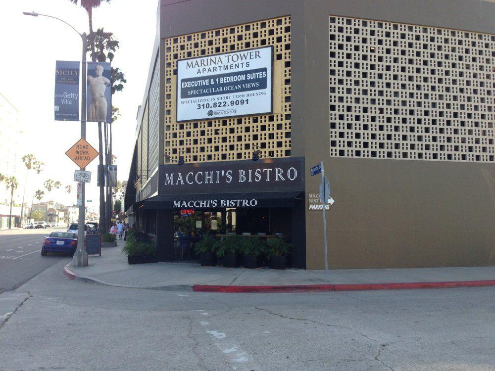 Macchi's Bistro