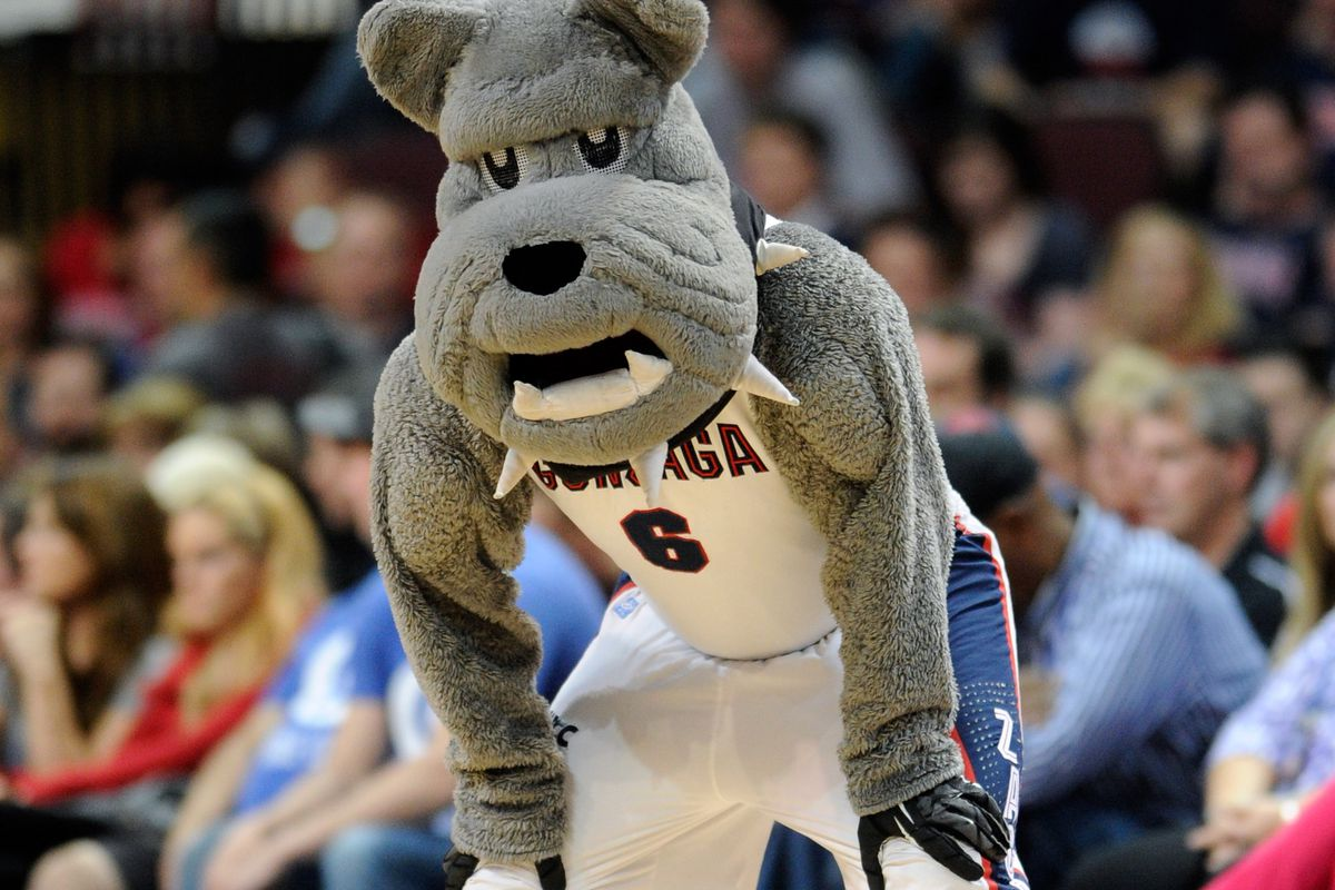 Basketball Dawgs in the tourney!  (Some mascots apparently need to work on their cardio, too.)