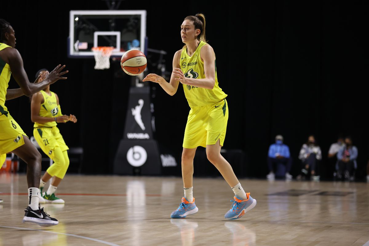 Breanna Stewart of the Seattle Storm handles the ball during the game against the Los Angeles Sparks on August 1, 2020 at Feld Entertainment Center in Palmetto, Florida.