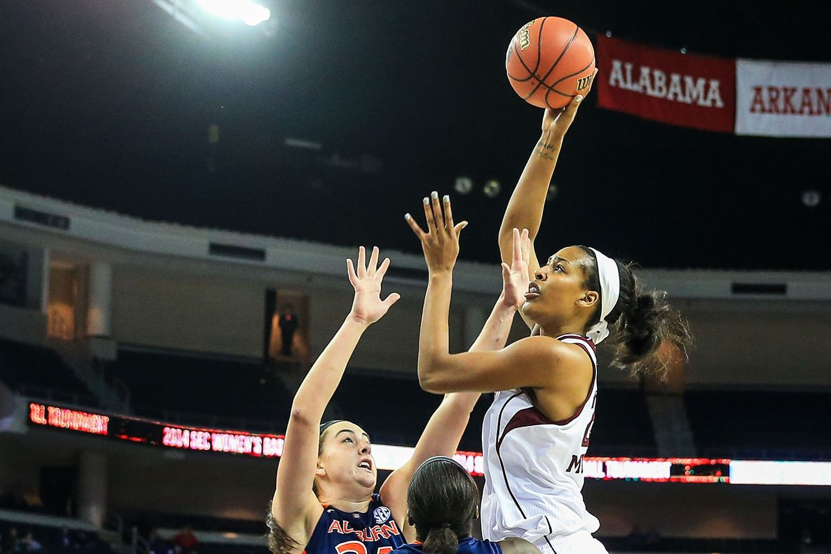 Rachel Mitchell had one of her best games as an Ag; but Khaalia Mitchell and Jada Terry kept up in the competition at the post