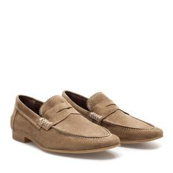 """<strong>ZARA</strong> Suede Loafers in Beige <a href=""""http://carsonstreetclothiers.com/crewneck-sweater.html"""">$49.99</a> (reg. $89.90)"""