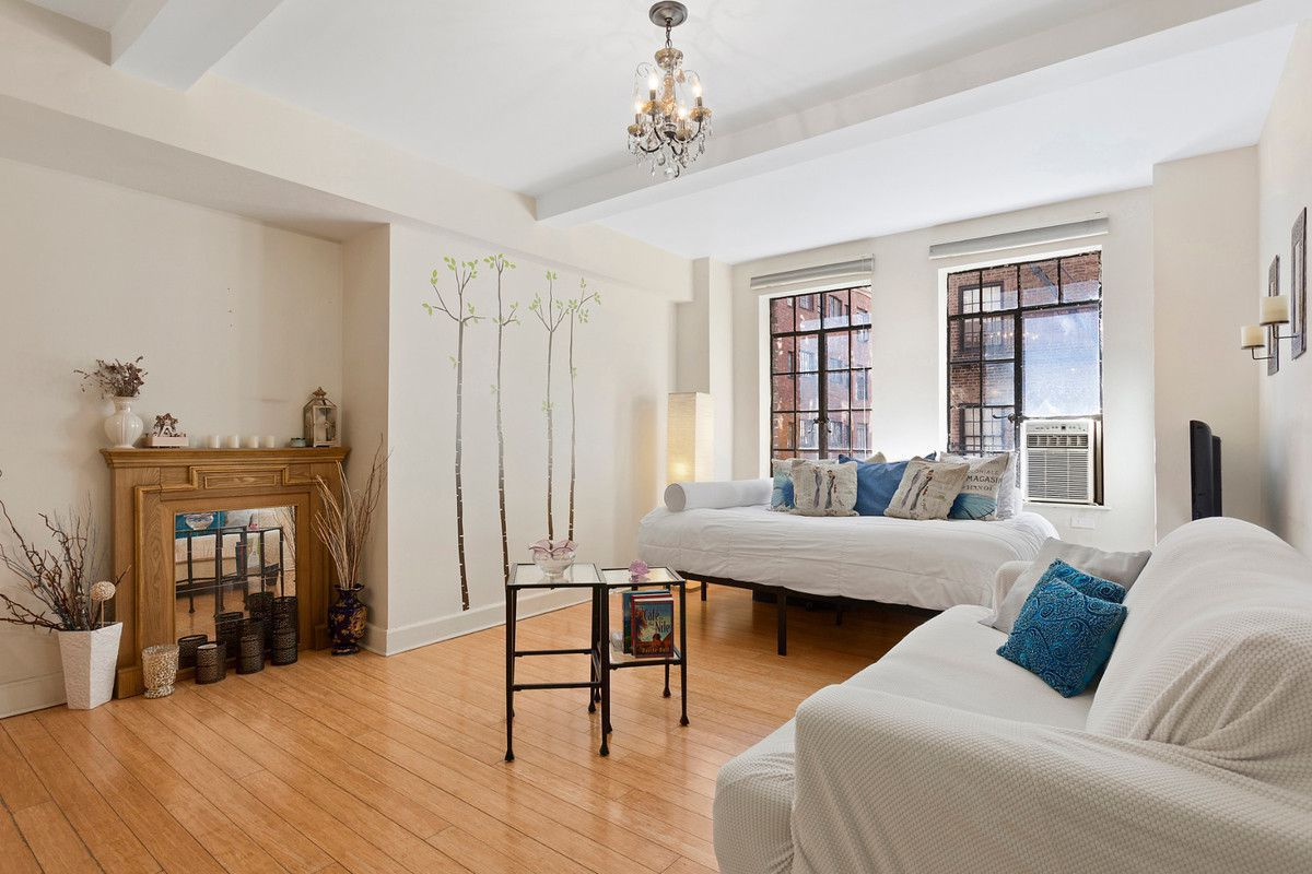 5 tiny (but cute) NYC studios for under $400K - Curbed NY