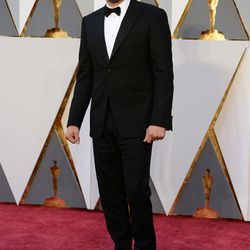 Best Actor favorite Leonardo DiCaprio went classic and wore a simple tux. Photo: Kevin Mazur/Getty Images