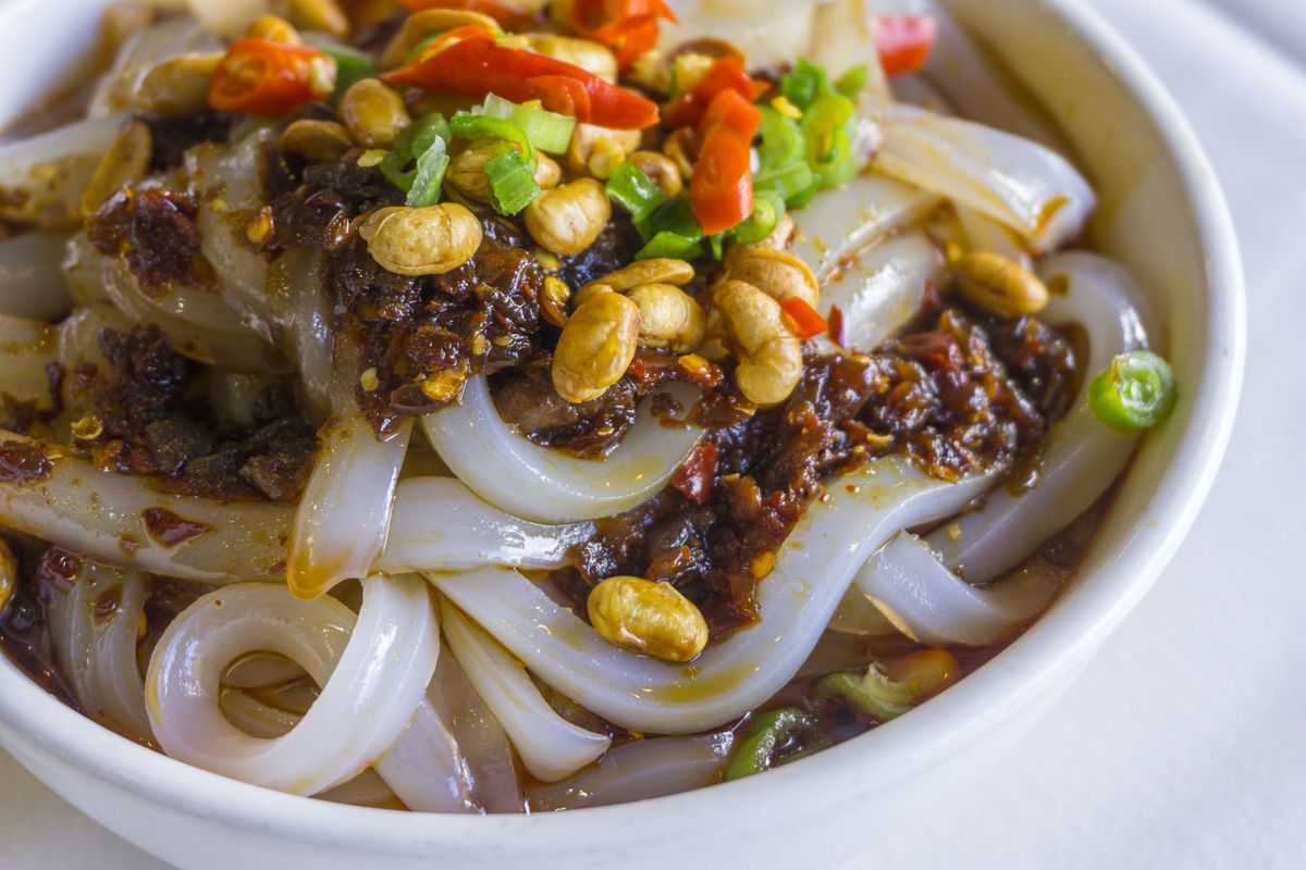 A close-up of Chengdu Taste Mung Bean Jelly Noodles with Chili Sauce.