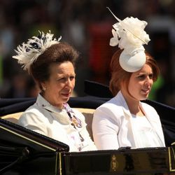 ASCOT, UNITED KINGDOM - JUNE 19:  The Princess Royal and Princess Beatrice (R) arrive in The Royal Procession at Ascot Racecourse on June 19, 2008, in Ascot, England. Today was the third day of The Royal Meeting which is one of the social and racing highl