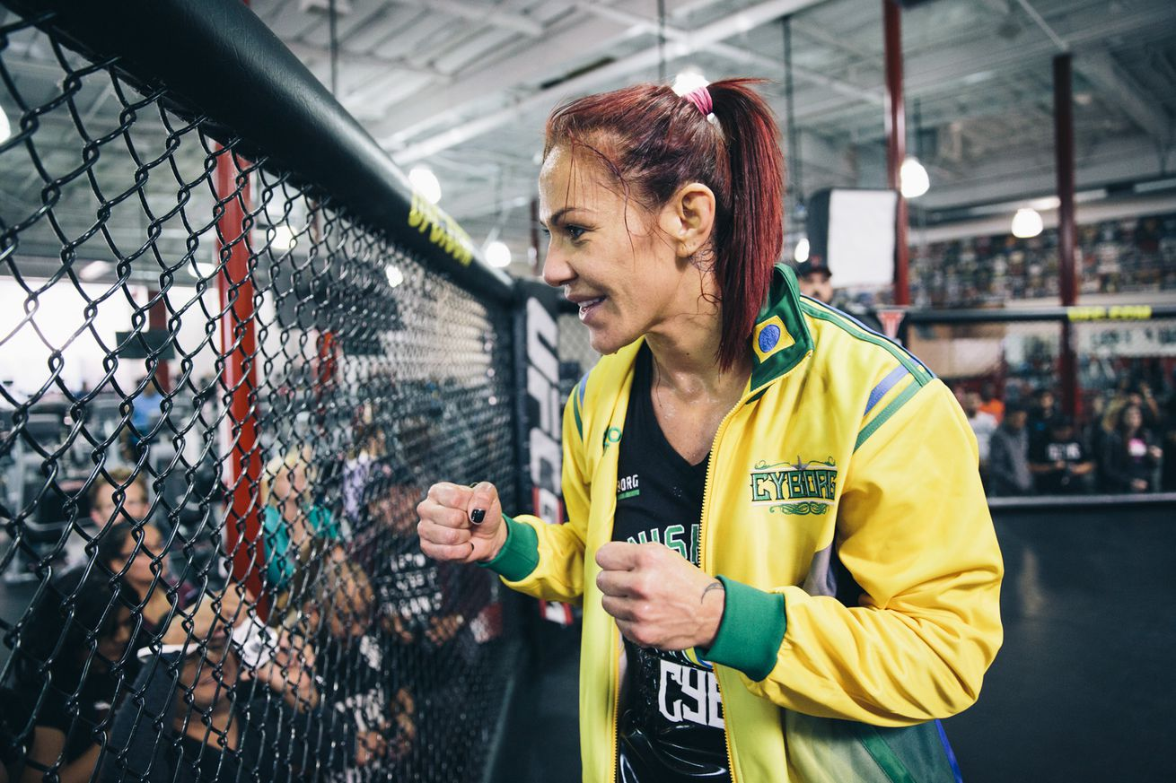 Cris Cyborg will face Tonya Evinger at UFC 214 with Megan Anderson out