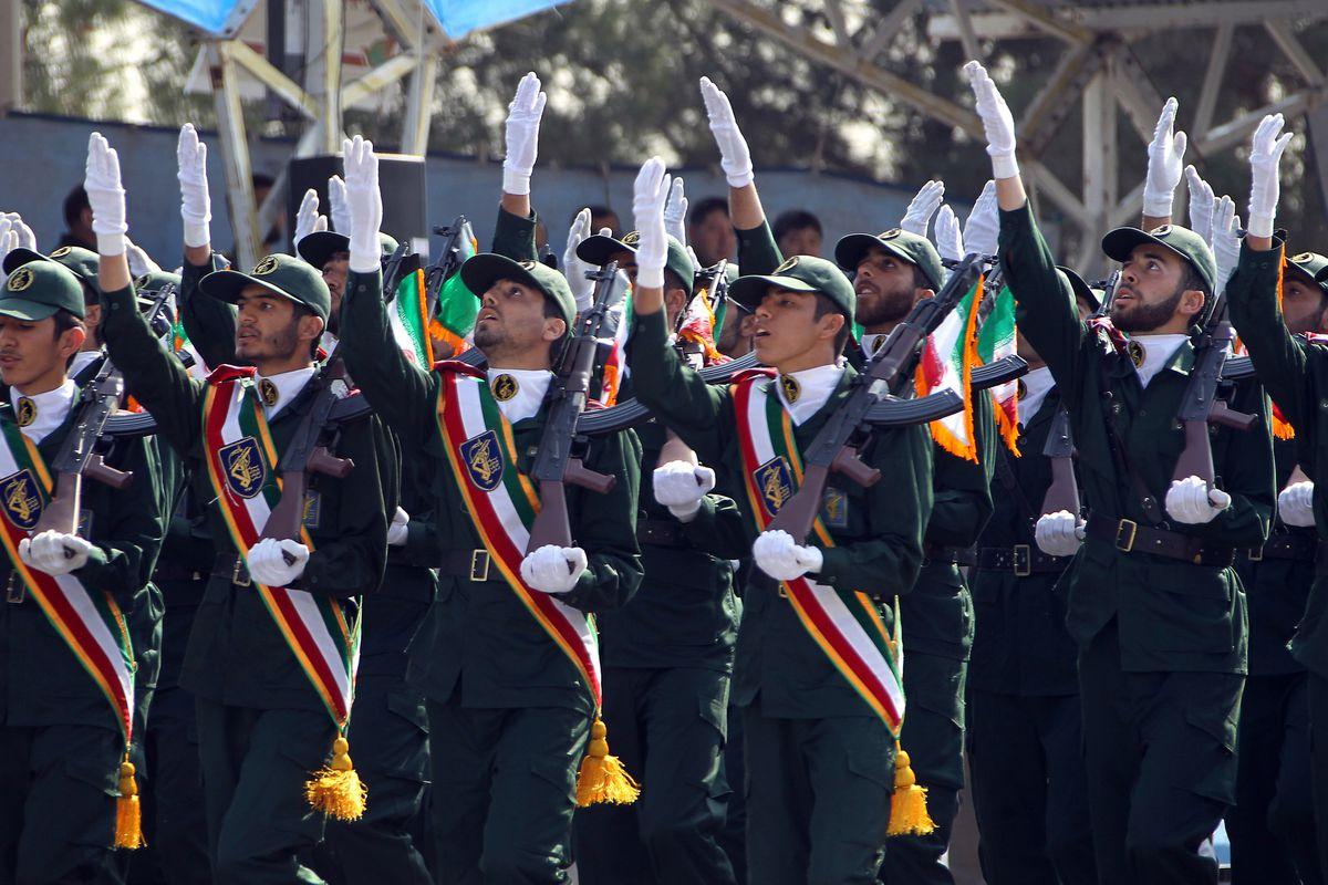 Iranian revolutionary guardsmen commemorate the Iran-Iraq war.