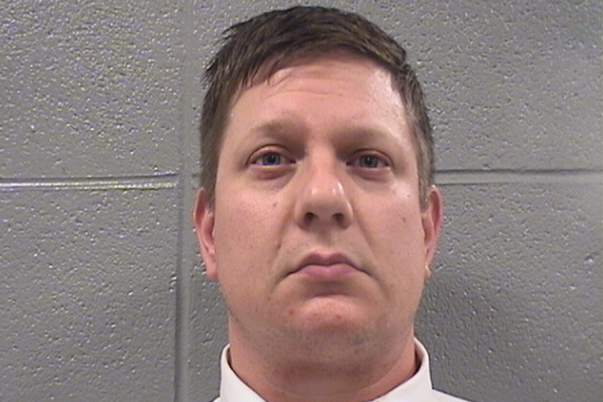 16 shots, a guilty verdict and a Chicago cop goes to jail