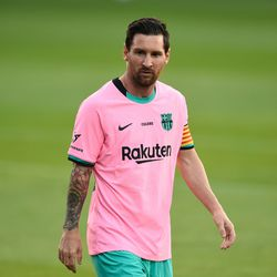 Messi in Barca's new third kit