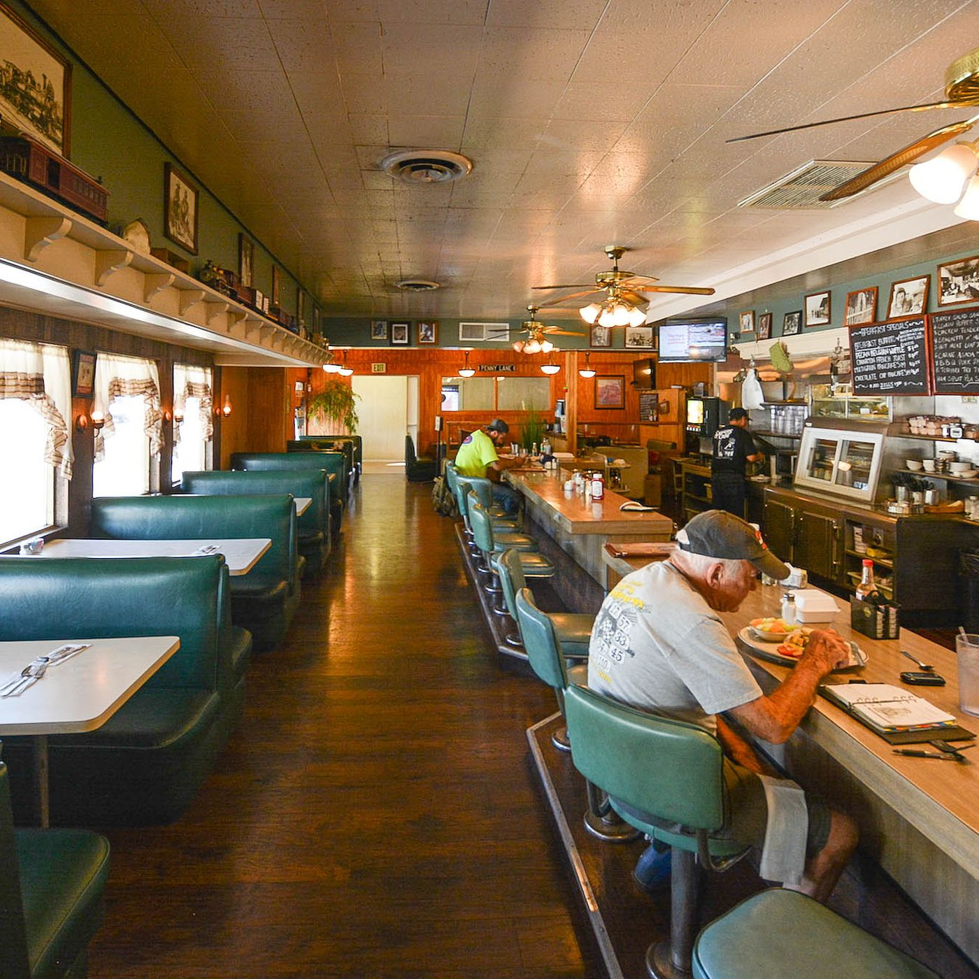 La S Oldest Restaurant Keeps A 130 Year Diner Tradition Alive Eater La