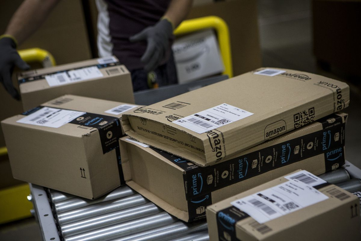 Long hours, no benefits: what it's like to be an Amazon Flex