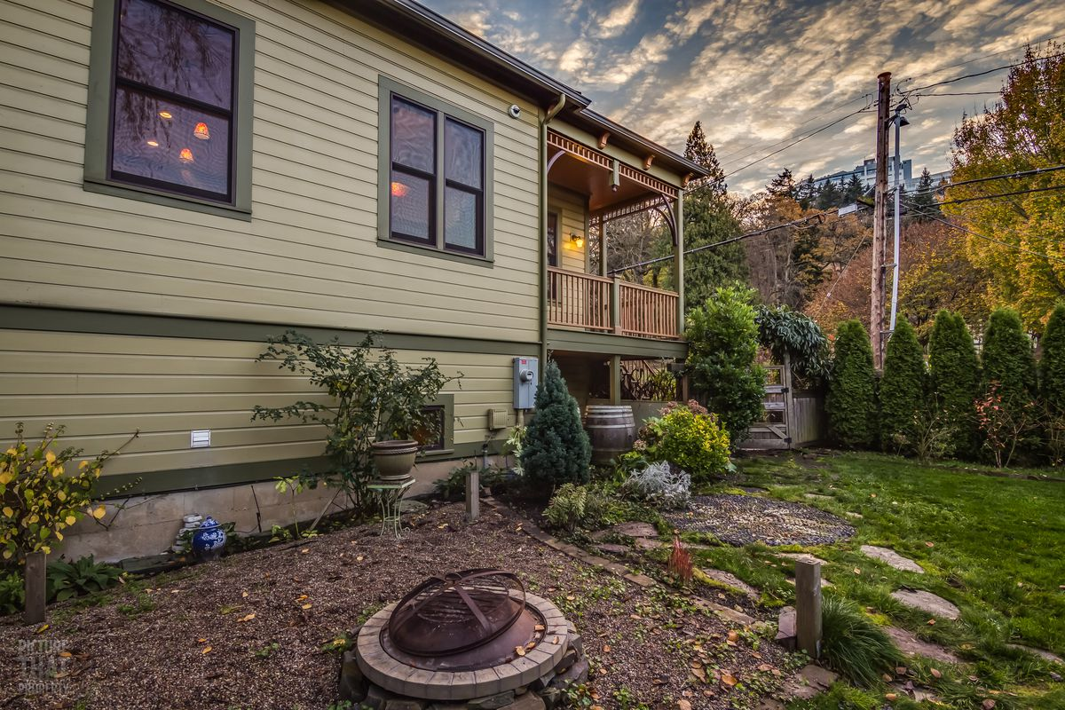 1887 Victorian gets sustainable, stellar revamp, asks $925K - Curbed