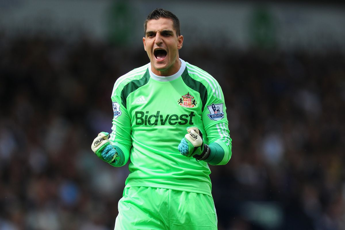 Former Arsenal 'keeper Vito Mannone will hope to put last weekend behind him