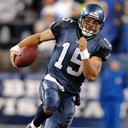 2006: Appeared in 8 games, started 4. 82/141 for 927 yards, 8 TDs.