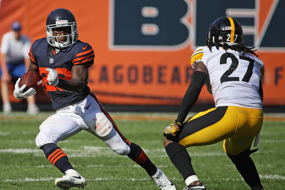 f40e7d3ac Tarik Cohen  29 of the Chicago Bears breaks a long run in overtime against  J.J. Wilcox  27 of the Pittsburgh Steelers at Soldier Field on September  24