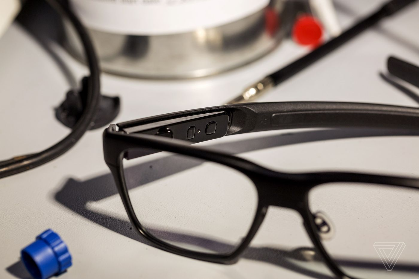 01a851a05dcf Exclusive: Intel's new Vaunt smart glasses actually look good - The Verge
