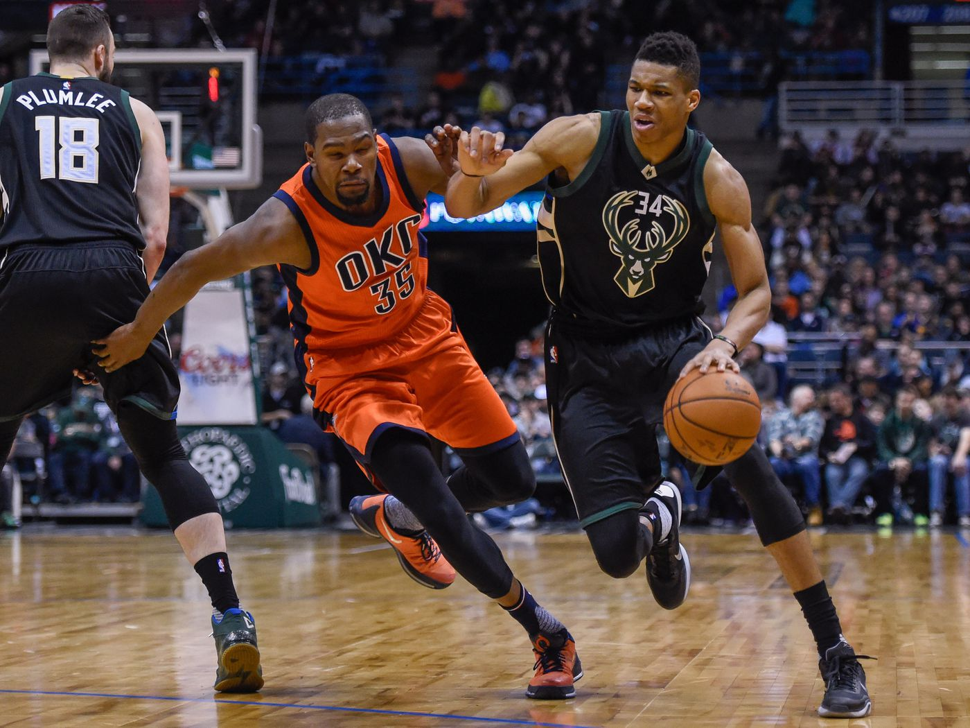 Kevin Durant Says Giannis Antetokounmpo Could Be The Greatest Basketball Player Ever Sbnation Com