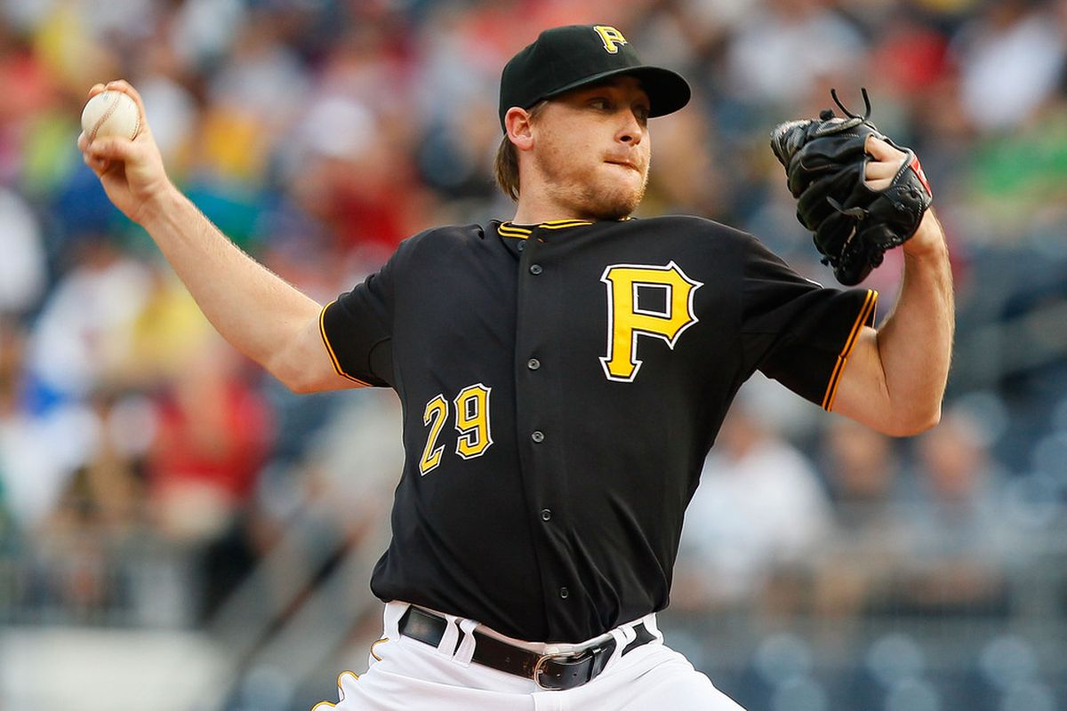 PITTSBURGH - JUNE 07:  Kevin Correia #29 of the Pittsburgh Pirates pitches against the Arizona Diamondbacks during the game on June 7, 2011 at PNC Park in Pittsburgh, Pennsylvania.  (Photo by Jared Wickerham/Getty Images)