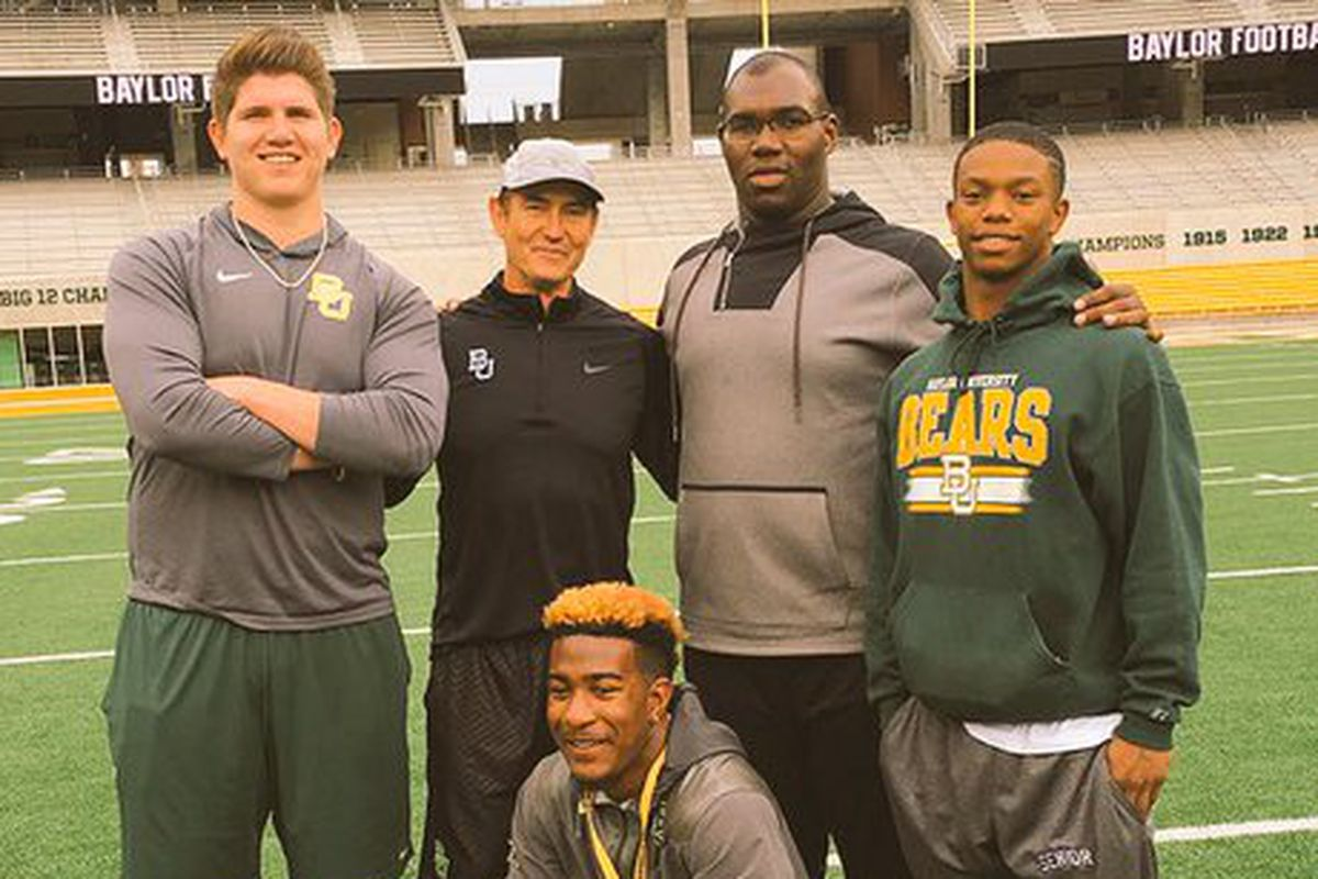 Patrick Hudson (second from right) on his Baylor official visit