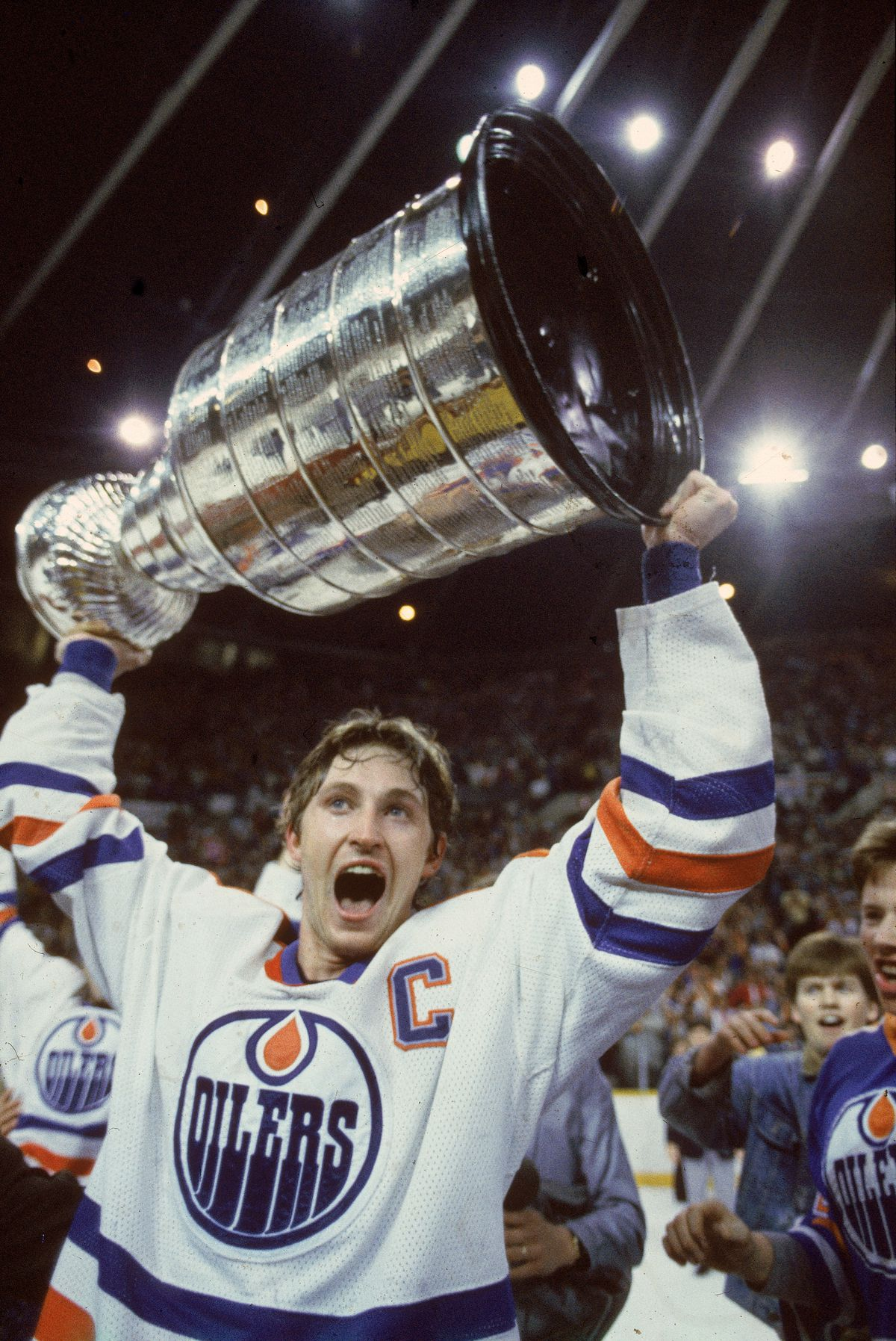 Wayne Gretzky Celebrates With The Stanley Cup