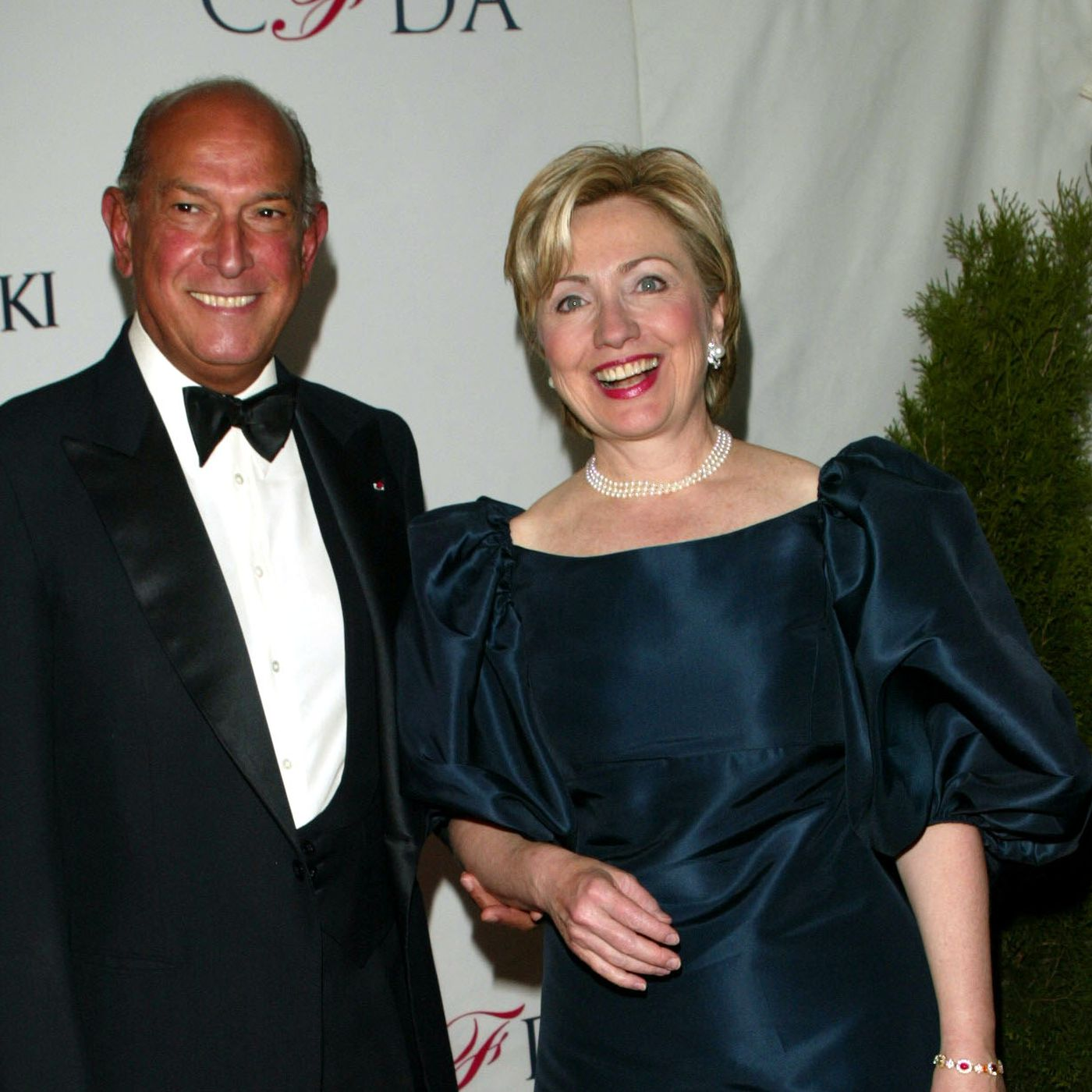 Oscar de la Renta died last night. Here are his best first lady ...