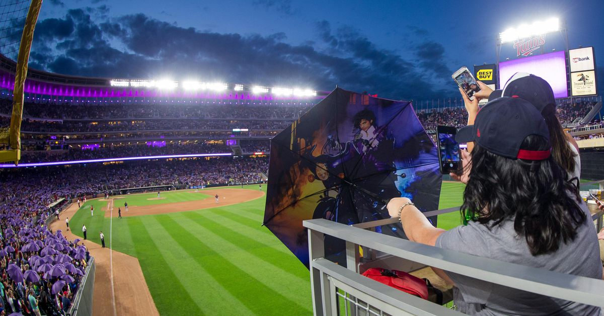 Twins Reach Merchandising Deal With Prince Estate Twinkie Town