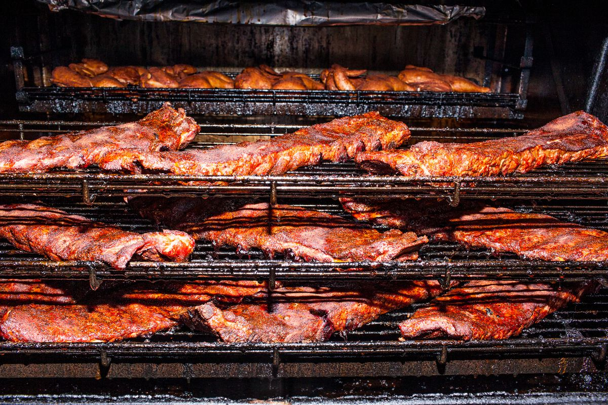 What Is Chicago Style Barbecue Anyway Eater Chicago