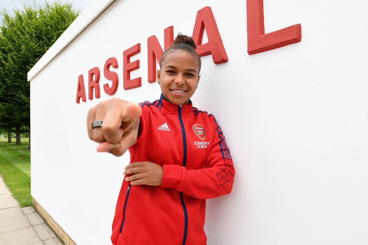 Arsenal Women Unveil New Signing