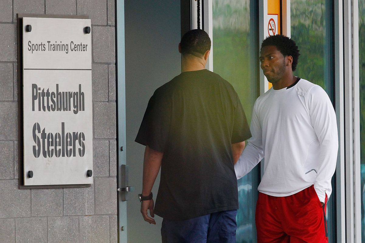 A day after the NFL lockout was lifted, Charlie Batch and Ryan Clark of the Pittsburgh Steelers report to the South Side training facility on April 26, 2011 in Pittsburgh, Pennsylvania. (Photo by Jared Wickerham/Getty Images)