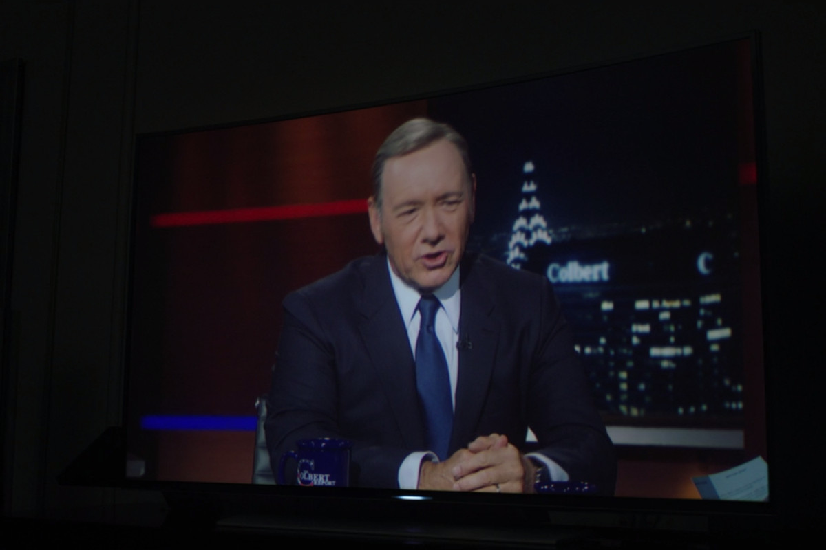 Spoiler alert: in the House of Cards universe, The Colbert Report still exists.