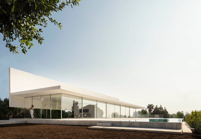 House with glass facade