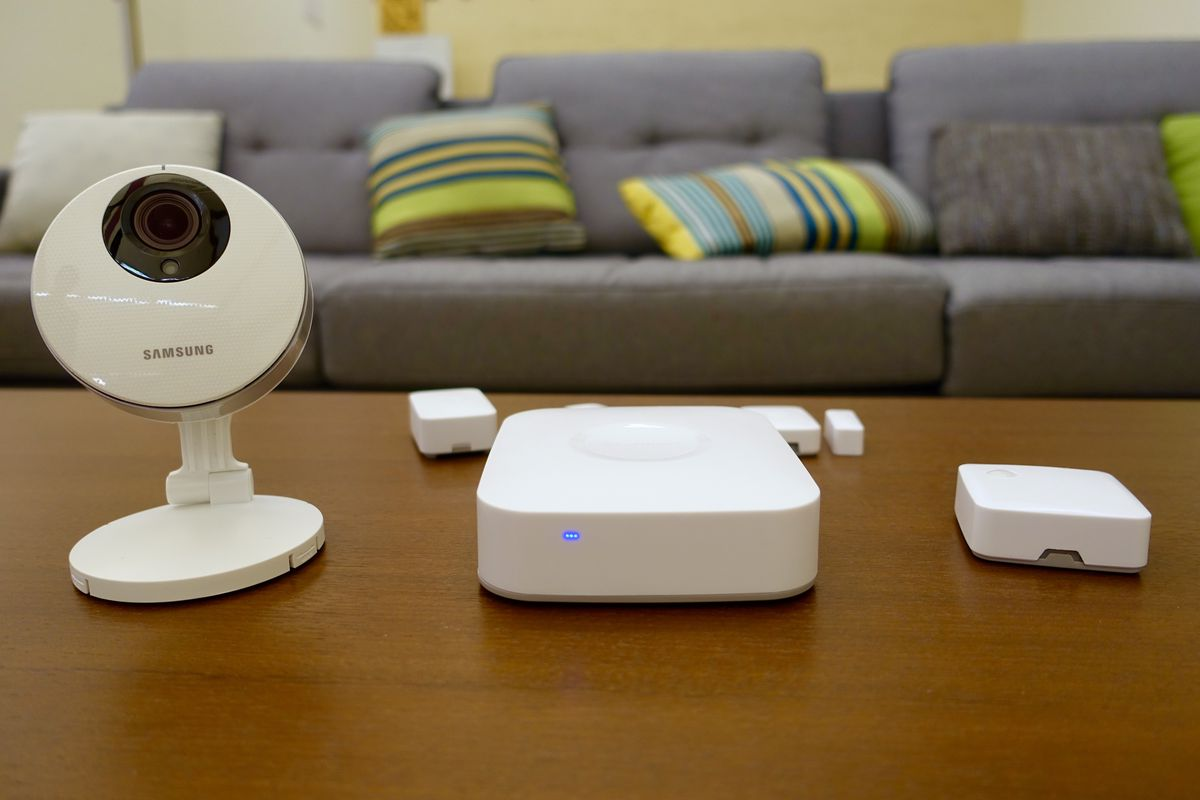 SmartThings' new hub uses Samsung cameras to monitor your
