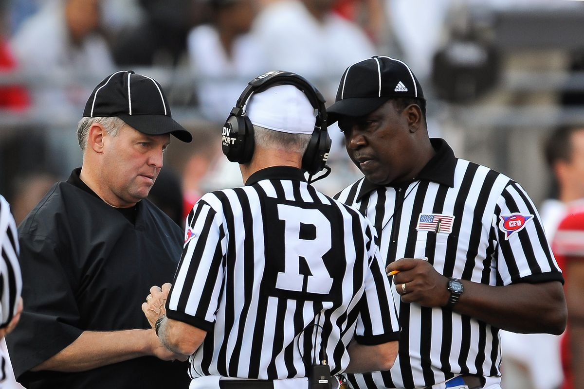 How college football instant replay works  See refs  NCAA rule ... ca9f090e4