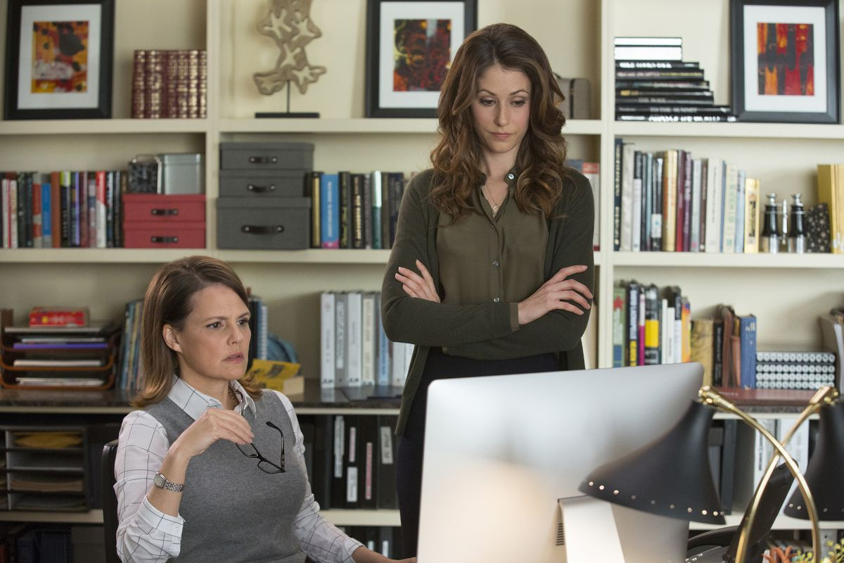 Suzanne Cryer and Amanda Crew in Silicon Valley
