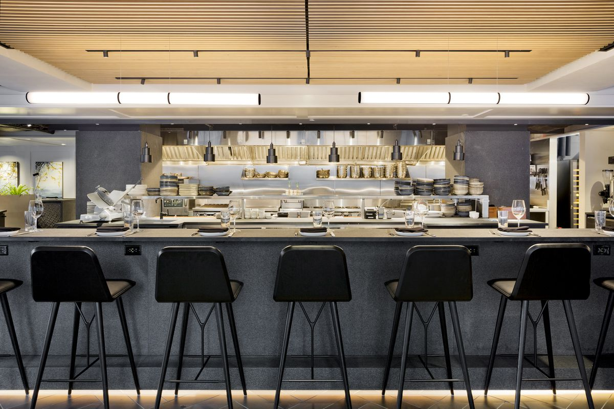 Magnificent Nordstrom Opens With 7 Restaurants Wolf Bistro Verde Ncnpc Chair Design For Home Ncnpcorg