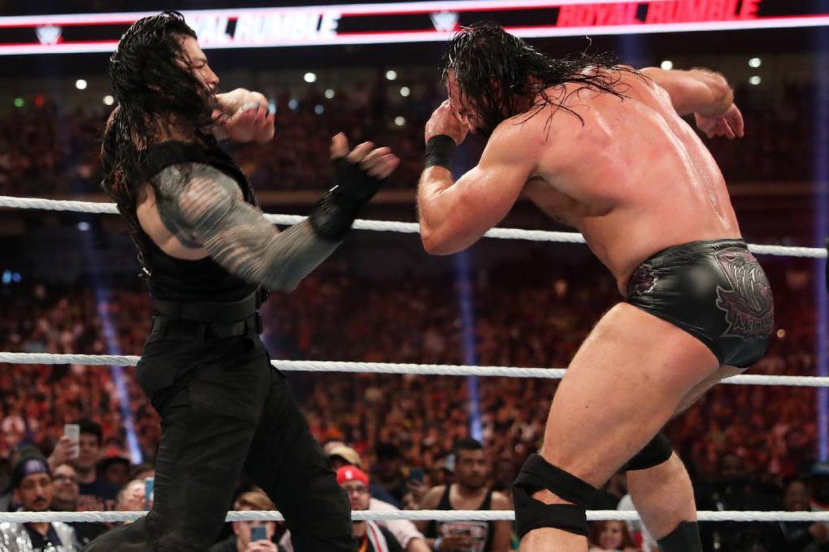 Roman Reigns y Drew McIntyre Royal Rumble 2020