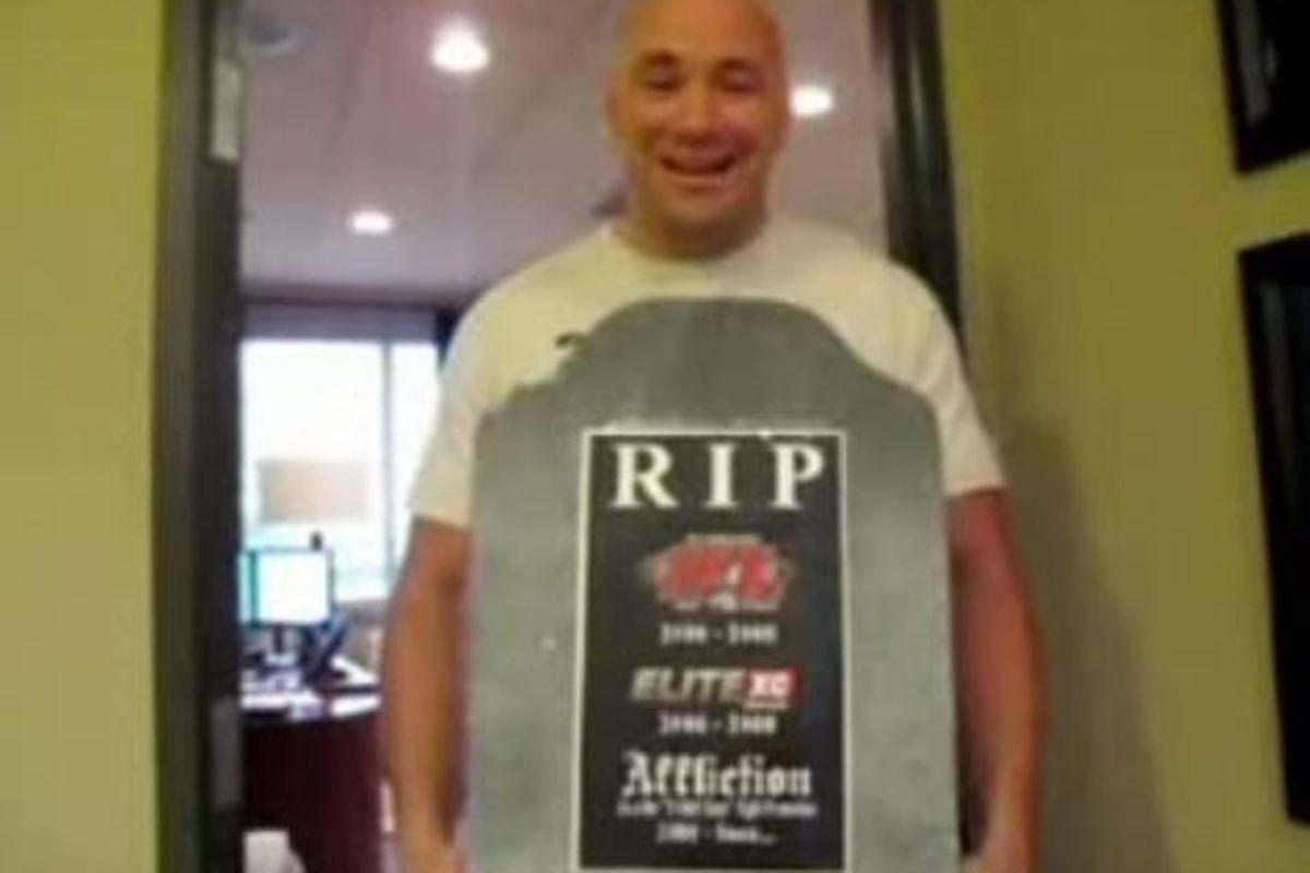 """via <a href=""""http://urdirt.com/wp-content/uploads/2008/11/tombstone.jpg"""">urdirt.com</a>"""