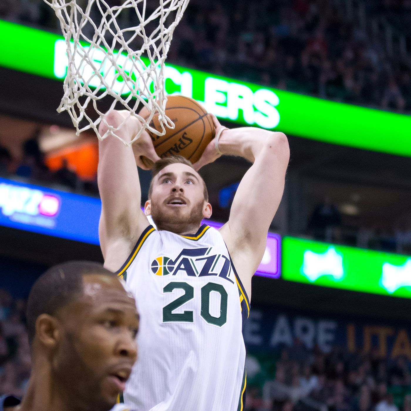 Utah Jazz Forward Gordon Hayward Is An All Star Snub But That Doesn T Mean You Can Trade For Him The Downbeat 1831 Slc Dunk