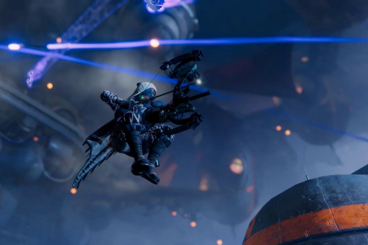 Destiny 2: Forsaken - Hunter in the air aiming a bow