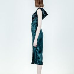 "<a href=""http://shop.sheilafrank.net/product/amyra-dress"">Amyra Dress</a>, $220"