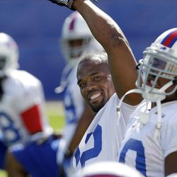 Buffalo Bills' Fred Jackson stretches during NFL football practice in Orchard Park, N.Y., Wednesday, Sept. 19, 2012.