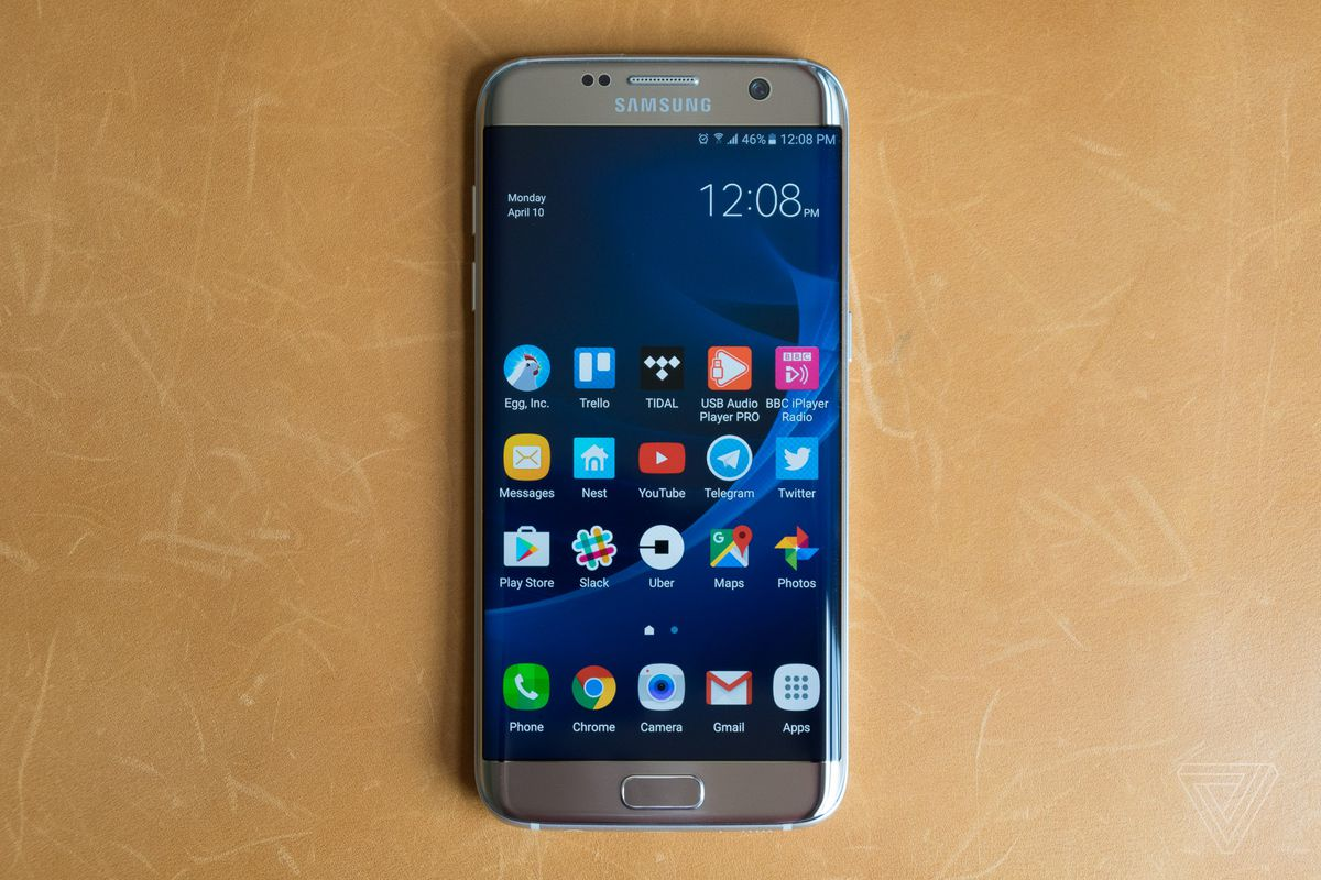 samsung s galaxy s7 edge is still a great phone and now great value