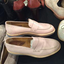 Women's shoe, EUR size 37, $125