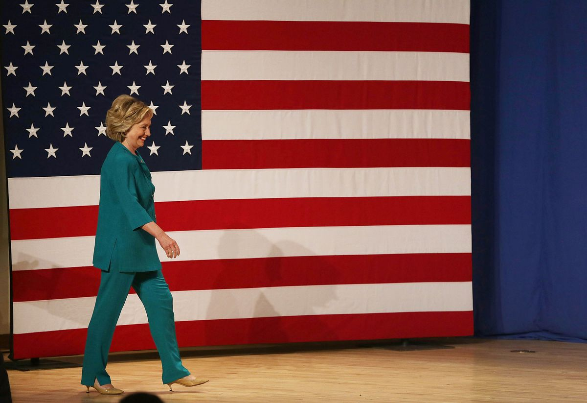 Hillary Clinton Calls On Congress To Lift Cuban Embargo